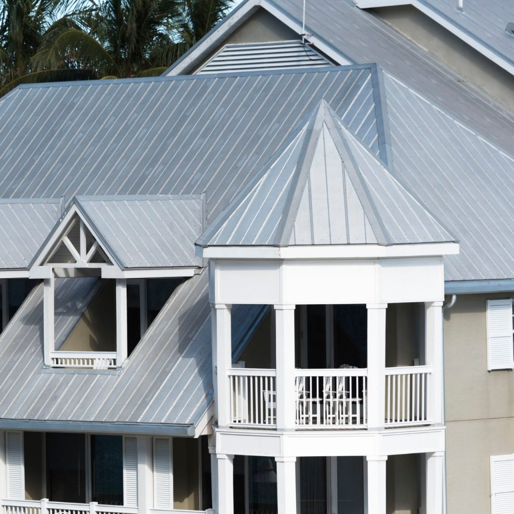 Metal roofing in the color of silver on a house